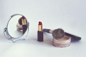 cosmetics-1543276_1920-1