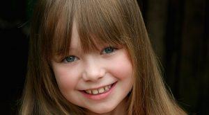 the-little-girl-581496_1920